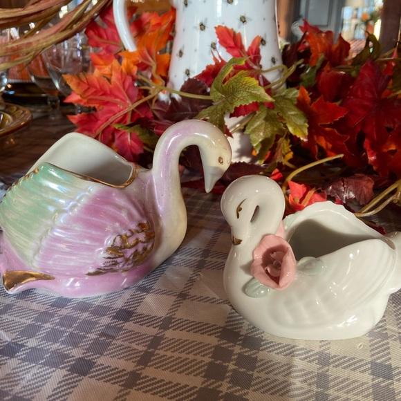 Vintage swan 🦢 planters
